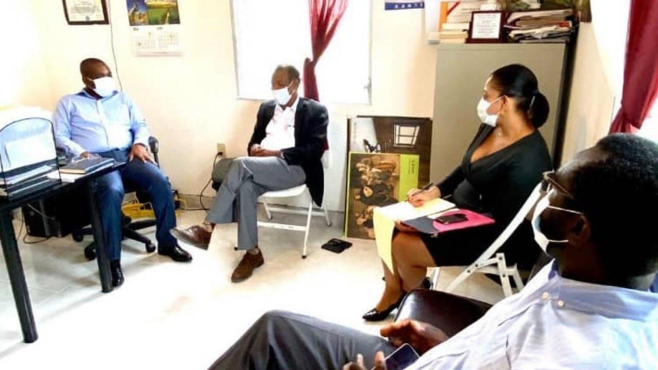 Covid-19- Haïti: le ministre Claude Joseph rencontre le Cardinal Chibly Langlois